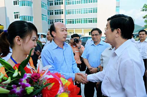 Chủ tịch Nước Trương Tấn Sang thăm và làm việc với CNCB Tập đoàn